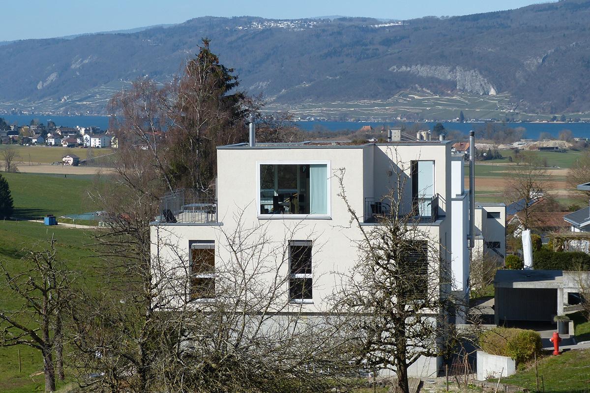 Ruhig gelegenes 6.5-Zimmer Einfamilienhaus mit Seesicht