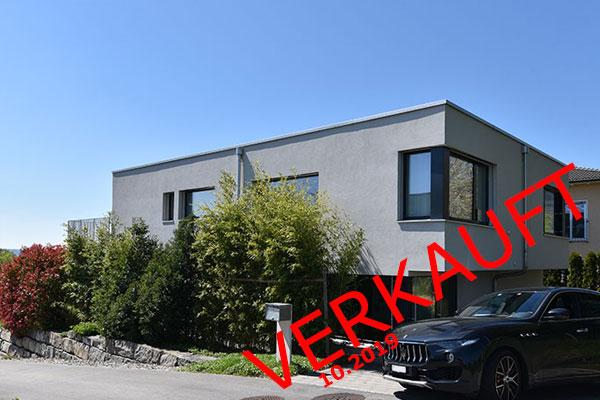 Modernes 6.5 Zimmer Einfamilienhaus mit Sicht auf Bielersee und Jura!